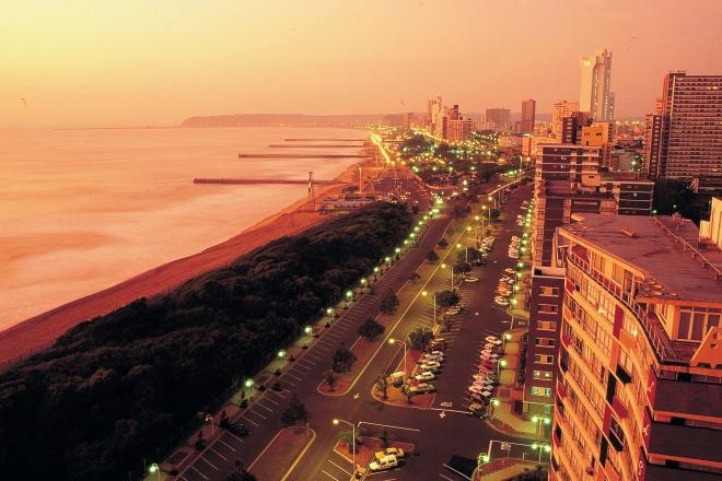 durban_beachfront_at_sunset